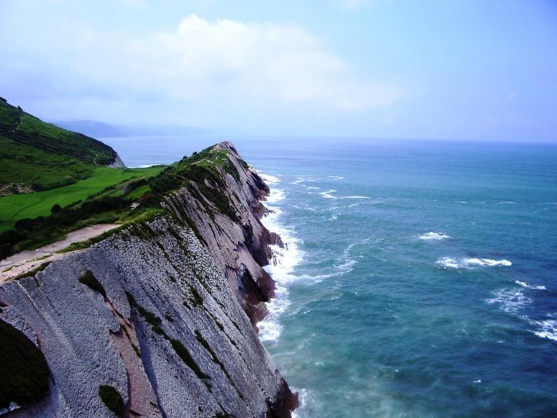 El viento en el acantilado